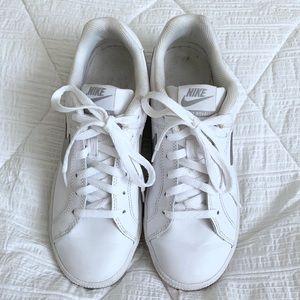 NIKE Court Royale Tennis Shoes